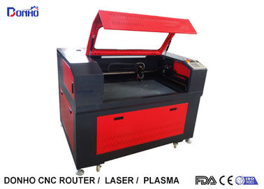 China Black And Red Fabric Laser Cutting Machine with Honey Comb Table For Wood Engraving supplier