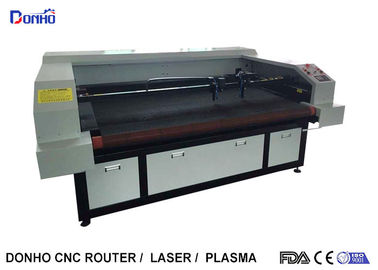 Auto Feeder Four Laser Heads Fabric Laser Cutting Machine For Multi Picture Engraving